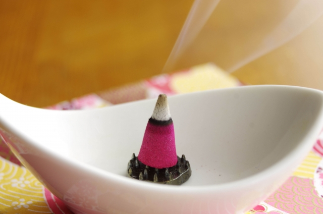 お香の効果を知っていますか?アロマだけじゃない、日本のお香の魅力♪