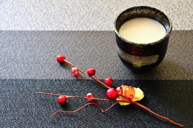 甘酒でほっこり。日本古来の発酵パワーで冬の寒さを乗り切ろう!